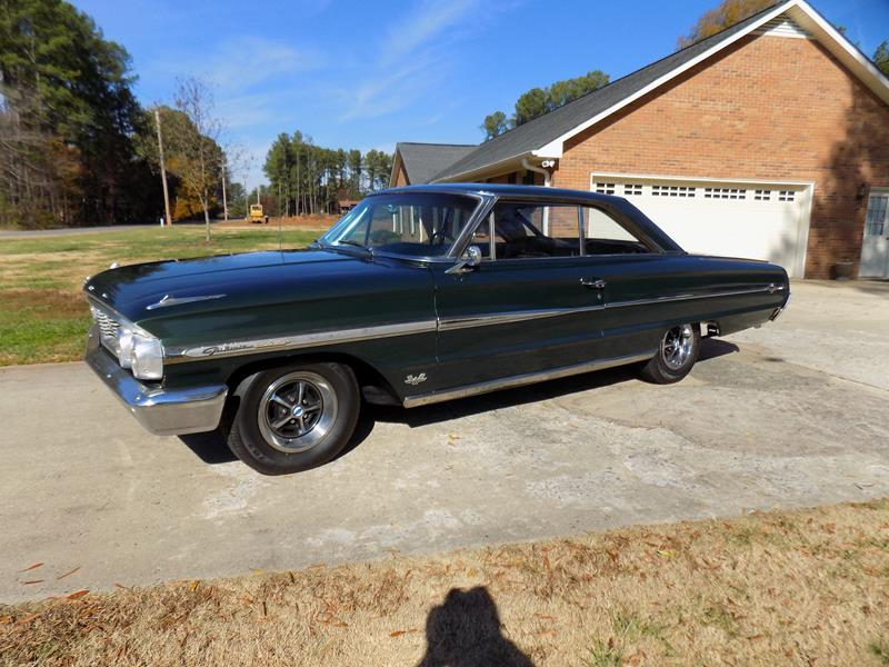 165 – 1964 Ford Galaxie 500 XL Fastback